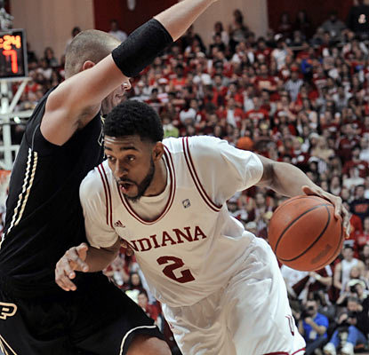 Christian Watford (19 points) and the Hoosiers finish out the regular season with an 18-1 record at home. (AP)