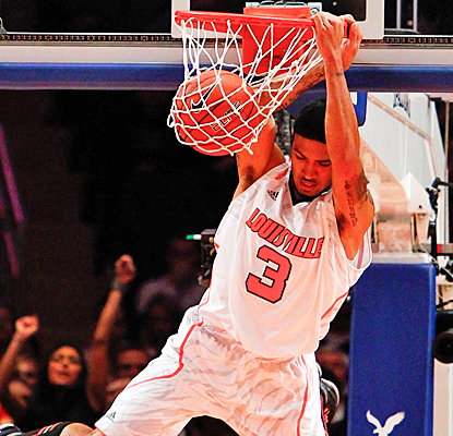 Peyton Siva slams the Cardinals into the Big East quarterfinals with 14 points against Seton Hall. (US Presswire)