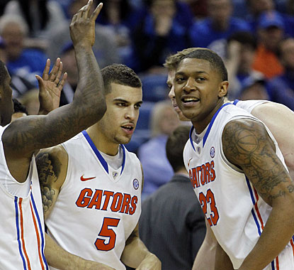Bradley Beal (23), who leads Florida with 16 points, celebrates the victory with teammate Scottie Wilbekin (5). (AP)
