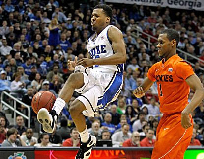 Tyler Thornton scores a career-best 13 points to lead Duke to a 60-56 victory over cold-shooting  Virginia Tech. (Getty Images)