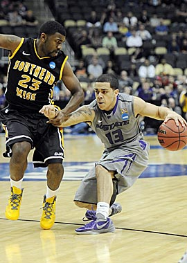 K-State PG Angel Rodriguez says he heard racist chants from the USM band while playing. (US Presswire)