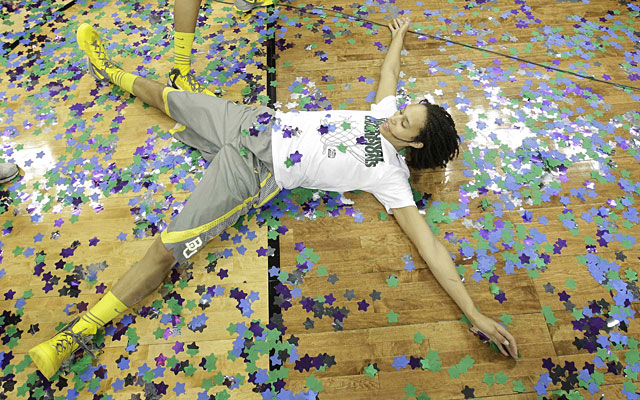 Brittney Griner celebrates after leading Baylor to the first 40-0 season in college hoops history. (AP)