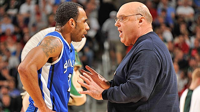 With Kwamain Mitchell returning, can Rick Majerus' Billikens win the A-10? (Getty Images)