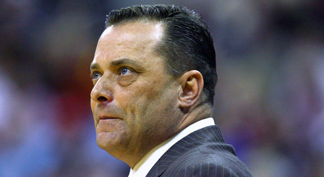 Billy Gillispie is alleged to have forced an injured player to practice, putting him in tears. (Getty Images)