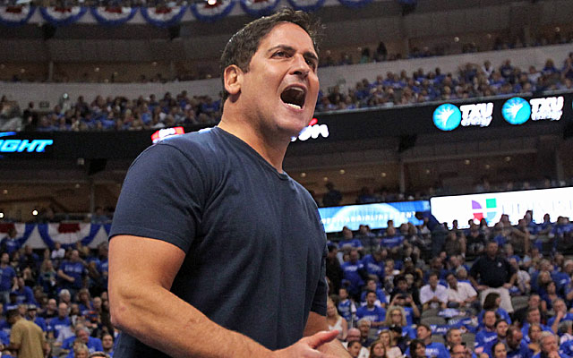Mark Cuban wants the Mavs back in the title hunt.  (Getty Images)