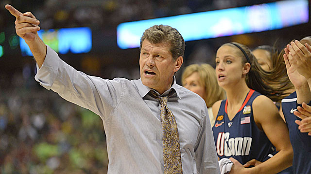 Geno Auriemma says the average fan wouldn't notice if the height of women's rims are lowered. (US Presswire)