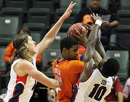 Gonzaga's Kelly Olynyk, left, and Guy Landry Edi pressure Clemson's Devin Booker on Thursday. (US Presswire)