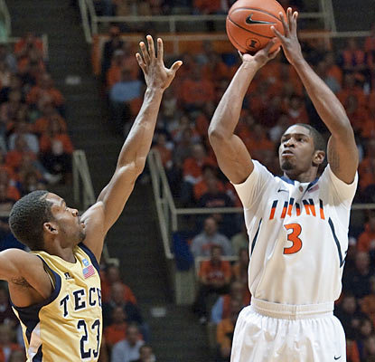 Brandon Paul (15 points) is one of four Illini players to finish the game in double figures. (AP)