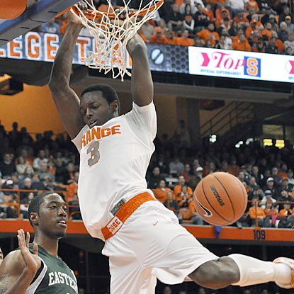 Orange freshman Jerami Grant dunks during the second half to help Syracuse start out 6-0 for the fifth consecutive season.  (AP)