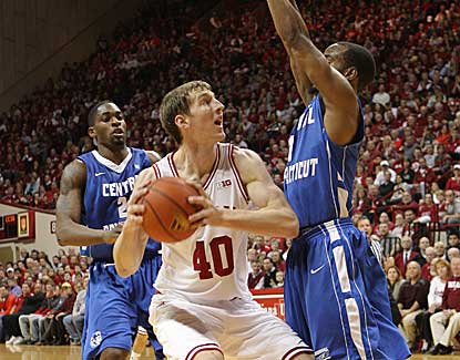 Indiana forward Cody Zeller scores 19 points with 19 boards to lead the Hoosiers to a 100-69 win. (AP)
