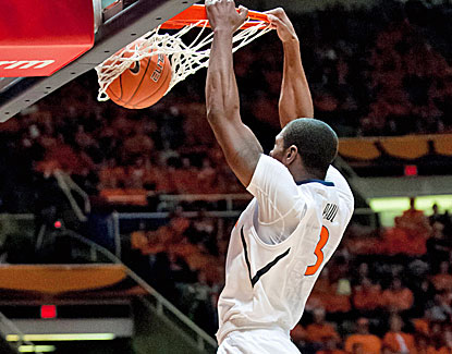 Illinois' Brandon Paul scores 17 points as the Illini put away Eastern Kentucky late. (US Presswire)