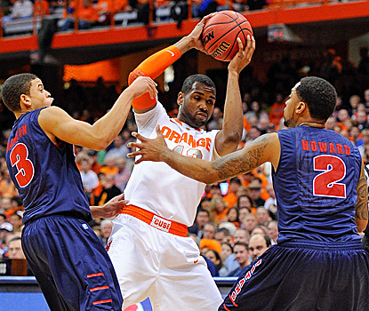 James Southerland, who scores a game-high 22 points, fights through two Detroit defenders. (US Presswire)