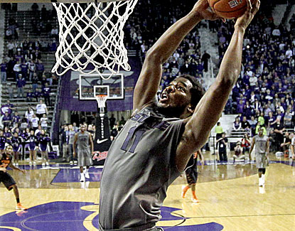 Nino Williams scores a career-best 17 points for Kansas State on 7-of-11 shooting from the field. He also grabs 5 boards. (US Presswire)