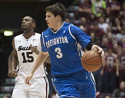 Creighton forward Doug McDermott rolls up 21 points as the Bluejays blow out Southern Illinois. (AP)