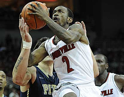 Russ Smith scores a game-high 20 points to help Louisville snap a three-game losing skid. (US Presswire)