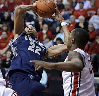 Otto Porter's go-ahead fast-break layup at 4:44 helps Georgetown take the lead from Rutgers for good. (AP)