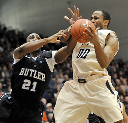Butler does just enough to fend off George Washington, which fails to upset the Bulldogs. (AP)