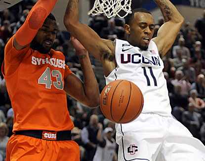 Sophomore guard Ryan Boatright leads Connecticut with 17 points against Syracuse on 6-of-10 shooting. (Getty Images)