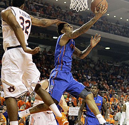 Mike Rosario puts his head into it and comes up with a season-high 22 points as the Gators scorch the Tigers. (US Presswire)