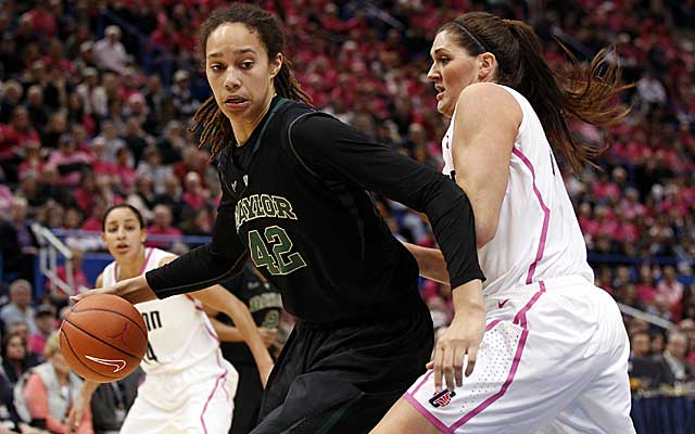 Brittney Griner scores 25 points to reach 3,000 for her career in No. 1 Baylor's win over No. 3 UConn. (US Presswire)