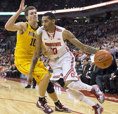 Ohio State's LaQuinton Ross adds 10 points as the Buckeyes win their sixth straight over the Golden Gophers. (USATSI)