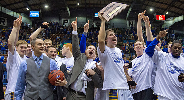 South Dakota State 2013 Men's Summit League Champs