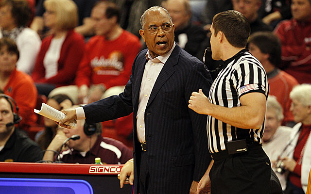 Just days after being fired by Minnesota, Tubby Smith is talking with Texas Tech about its opening. (USATSI)