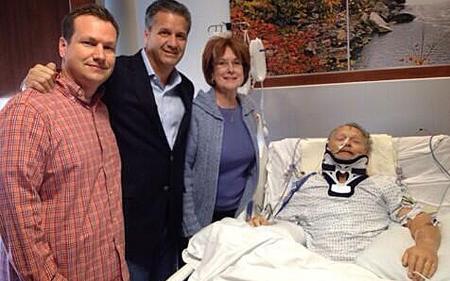 Kentucky fan Dick Gregory with his son Scott, Wildcats coach John Calipari and Gregory's wife Mary Alice. (WKYT-TV)