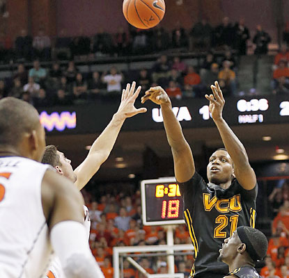 VCU's Treveon Graham, who scores a game-high 22 points, drills the tiebreaking 3 with 1.1 seconds remaining. (USATSI)