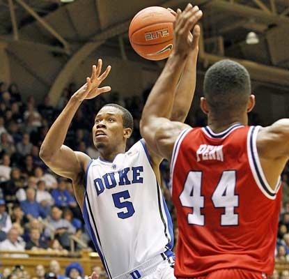Rodney Hood slices through the FAU defense for a career-high 28 points in Duke's blowout win.  (USATSI)