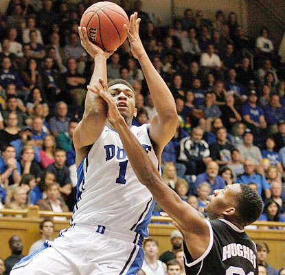 Jabari Parker scores a game-high 21 points on 8-of-13 shooting. He also pulls down 10 boards. (USATSI)