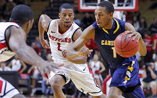 Rutgers point guard Jerome Seagars (1) scores 15 points with 9 assists against Canisius in the Preseason NIT. (USATSI)