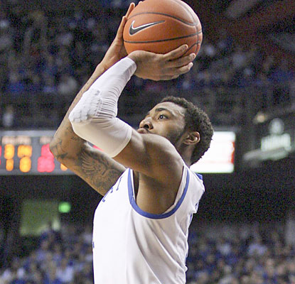James Young finishes 8 of 14 from the field for a game-high 26 points against UT Arlington. (USATSI)