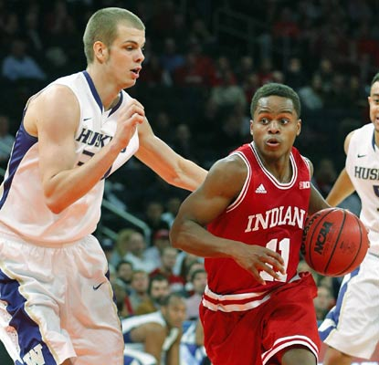 Yogi Ferrell and the Hoosiers improve to 5-0 as they advance to the final against No. 18 UConn.  (USATSI)