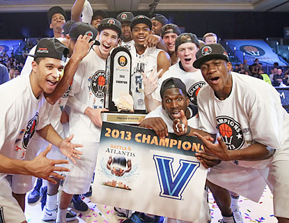 Villanova rejoices after pulling out an overtime win to claim the Battle 4 Atlantis championship. (USATSI)