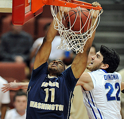 Kethan Savage refuses to be denied, as does Geroge Washington in defeating No. 20 Creighton Sunday. (USATSI)