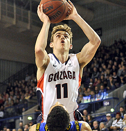 David Stockton drives the lane, but it's Gonzaga's defense that shines in a 35-point beating of Coppin State.  (USATSI)