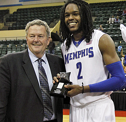Shaq Goodwin is named MVP of the Old Spice Classic after Memphis defeats No. 5 Oklahoma State.  (USATSI)
