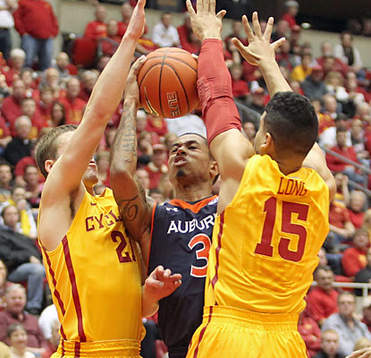 The Cyclones create problems for the Tigers all game long and stand as the last unbeaten team in the Big 12. (USATSI)