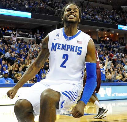 Shaq Goodwin has 17 points to help the 16th-ranked Tigers avoid an upset loss at home to Arkansas-Little Rock.  (USATSI)