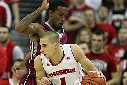 Ben Brust scores a team-high 20 for the Badgers, who are off to their best start since 1915-16 at 12-0. (USATSI)