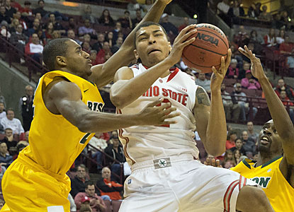Buckeyes freshman Mark Loving scores a career-high 12 points off the bench on 3-of-7 shooting from the field. (USATSI)