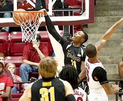 Wichita State forward Cleanthony Early dunks for two of his game-high 27 points in Tuscaloosa.  (USATSI)