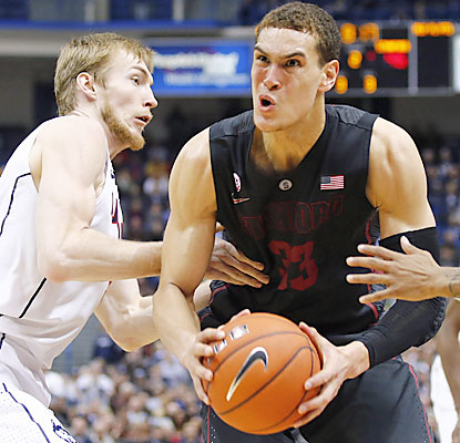 Dwight Powell finishes with 10 points and 15 rebounds for Stanford, which rallies for its first marquee win of the season. (USATSI)