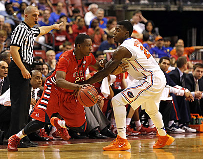 Florida's Casey Prather is named the game's most valuable player after scoring 16 points in the Gators' win over Fresno State. (USATSI)