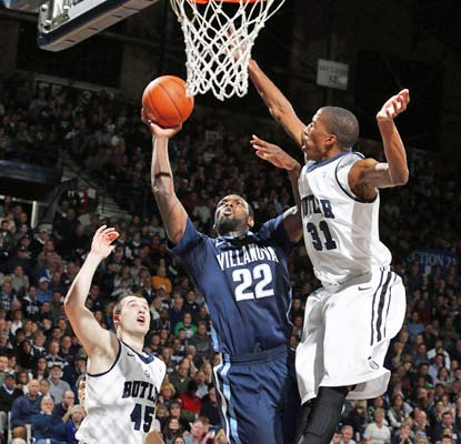 JayVaughn Pinkston scores 22 points to lead Villanova to a hard-fought win at Hinkle Fieldhouse against Butler.  (USATSI)