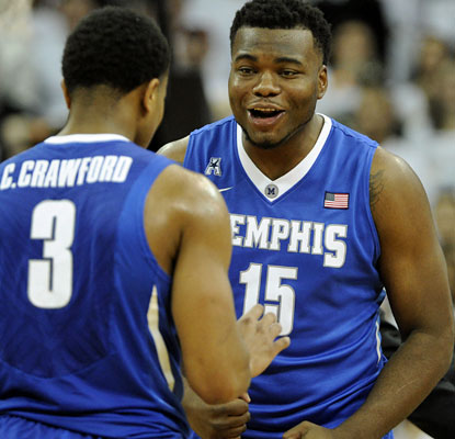 All five Memphis starters score in double figures as the Tigers notch an impressive road win at Louisville.  (USATSI)