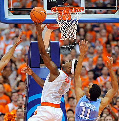 C.J. Fair goes up for two of his team-high 20 points as Syracuse beats North Carolina in the Carrier Dome to remain unbeaten. (USATSI)