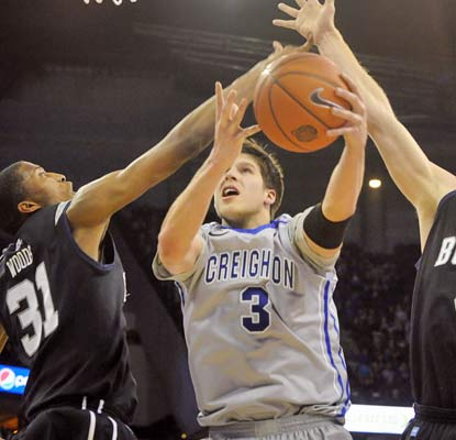 Doug McDermott scores 28 points -- 24 in the first half -- to spearhead No. 20 Creighton past Butler.  (USATSI)