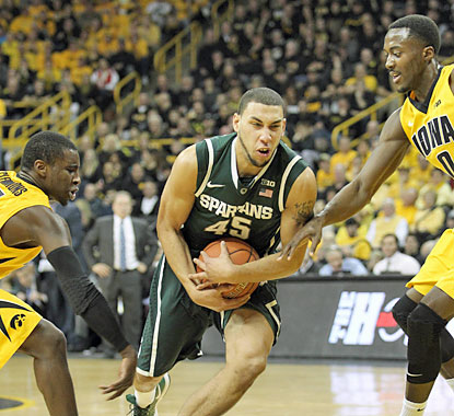 Denzel Valentine (12 points) and the Spartans do just enough to squeeze by the Hawkeyes in a tough road test. (USATSI)